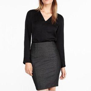 Express Seamed Pencil Skirt